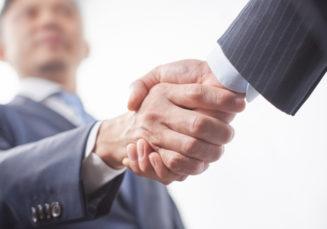 事業資金の調達に個人信用情報は関係ある?おすすめの調達方法も紹介!